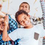 Roliga inomhusaktiviteter med barnen